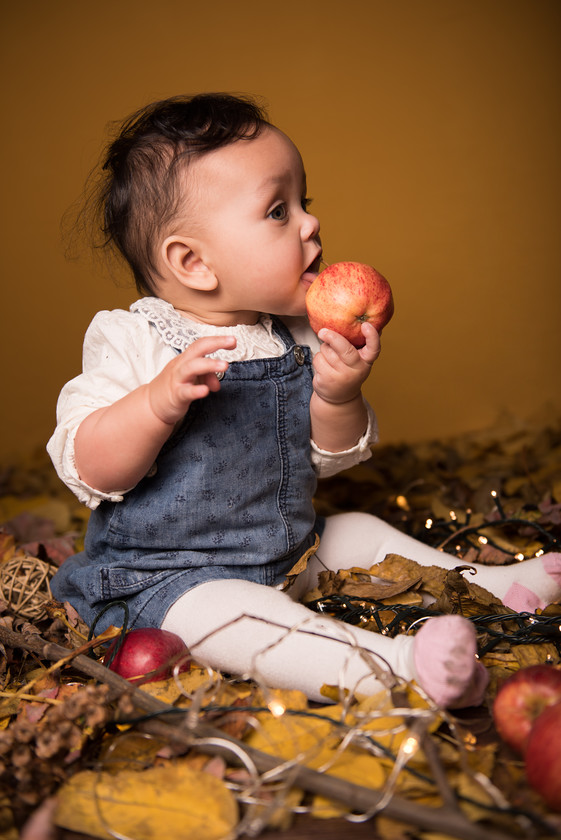 ZE Photography- Baby eating apple